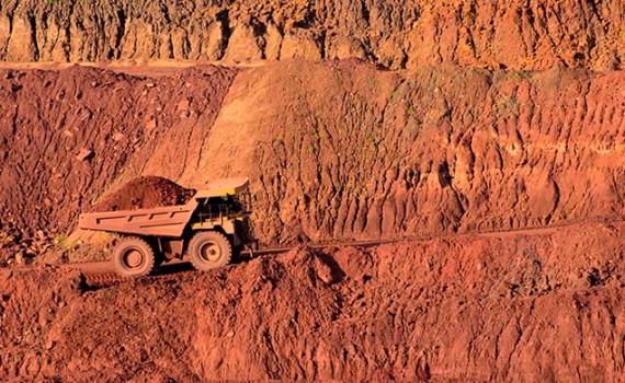 Organizan seminario taller sobre la minería en tiempos difíciles