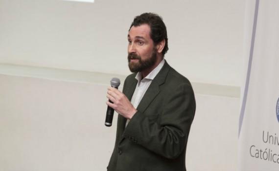 Académico formará red de expertos en estudios y ciencia regional