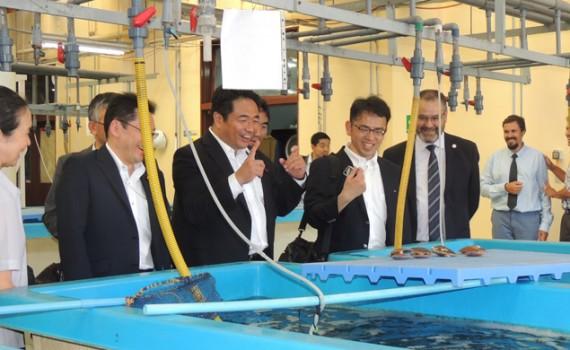 Parlamentarios japoneses visitaron la Facultad de Ciencias del Mar