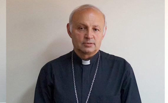 """""""Nos visita el Pastor de nuestra Iglesia y nos viene a renovar en la fe"""""""