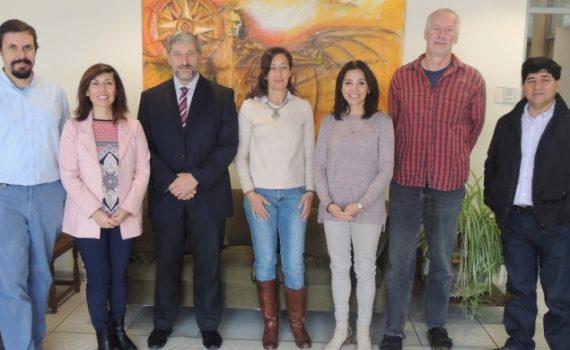 Autoridad académica de Portugal visita la UCN