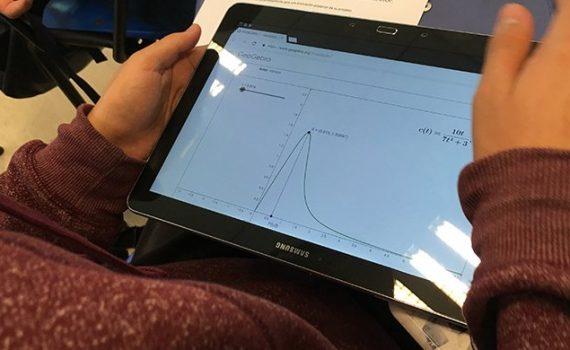 UCN busca implementar innovadora aplicación móvil en evaluaciones