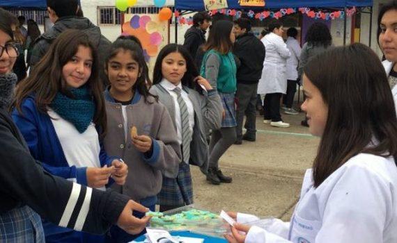 Alumnos de enfermería prepararon jornada de educación sexual para escolares de Coquimbo