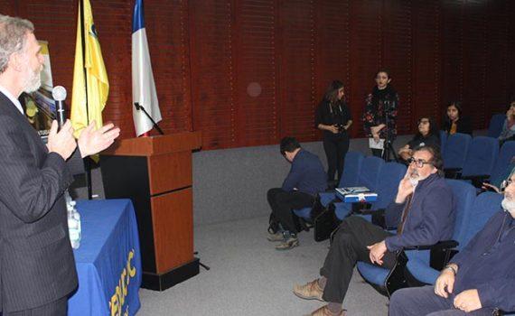 Visión crítica sobre Ley de Fármacos II exponen en Antofagasta
