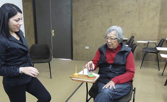 Imparten taller teórico práctico sobre estimulación cognitiva a adultos mayores de la Familia UCN