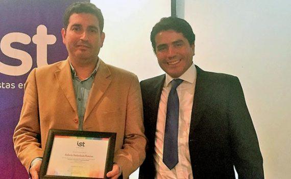 Académico UCN recibe premio IST por compromiso con la seguridad