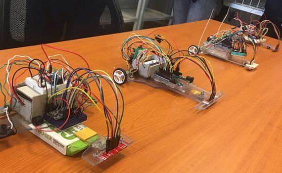 Con carrera de robots, estudiantes de la UCN demuestran conocimientos aprendidos