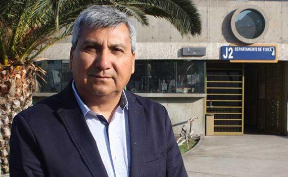 Dr. Sergio Curilef es jerarquizado como profesor titular