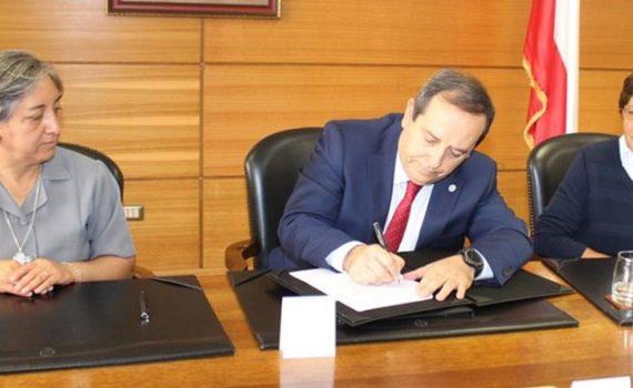 Instituciones educativas de Antofagasta firmaron acuerdo de colaboración