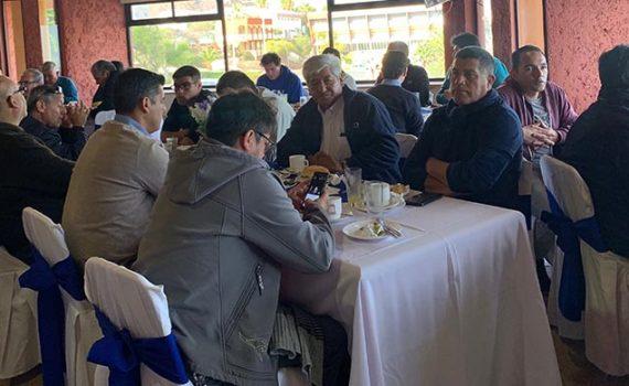 Con desayuno de camaradería UCN celebró el Día del Padre en su Casa Central