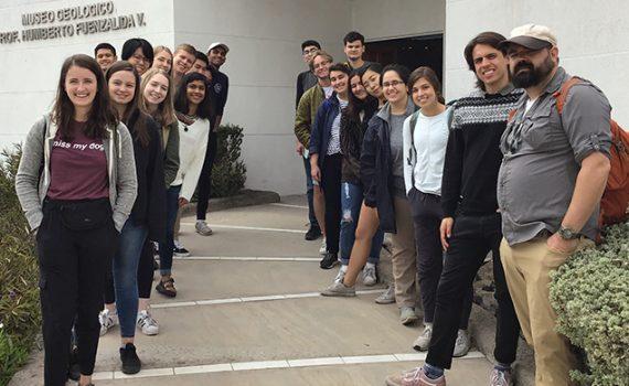 Delegación de la U. de Texas Austin visitó la UCN en el marco del Programa Atacama Immersion Chile
