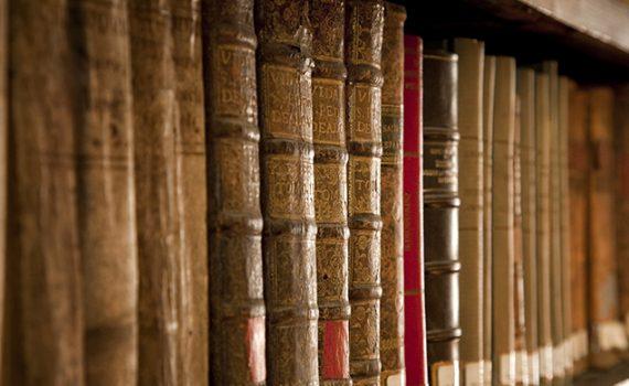 Con simposio UCN y Arzobispado conmemoran 400 años de estudios universitarios en Chile